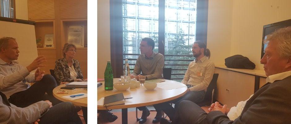 Matthias Miersch, Susanne Mittag, Till Strecker, Stefan Sander und Rainer Spiering im Gespräch